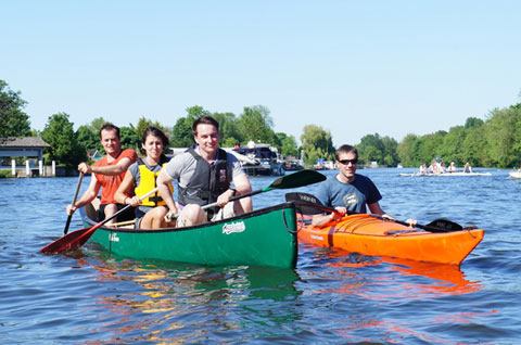 Canoe hire in London. Canoeists and Kayakers enjoy the River Thames.