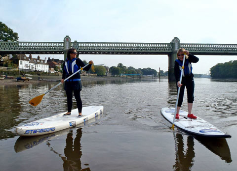 Stand Up Paddle Boarding on the River Thames